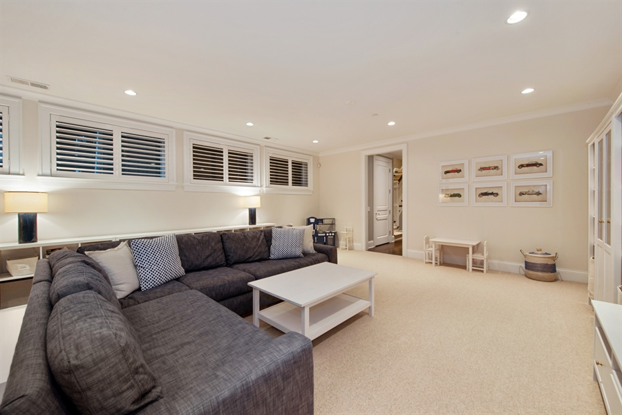 Real Estate Photography - 1838 N Hudson Ave, Chicago, IL, 60614 - Lower Level