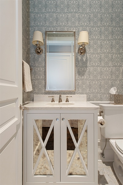 Real Estate Photography - 1838 N Hudson Ave, Chicago, IL, 60614 - Powder Room