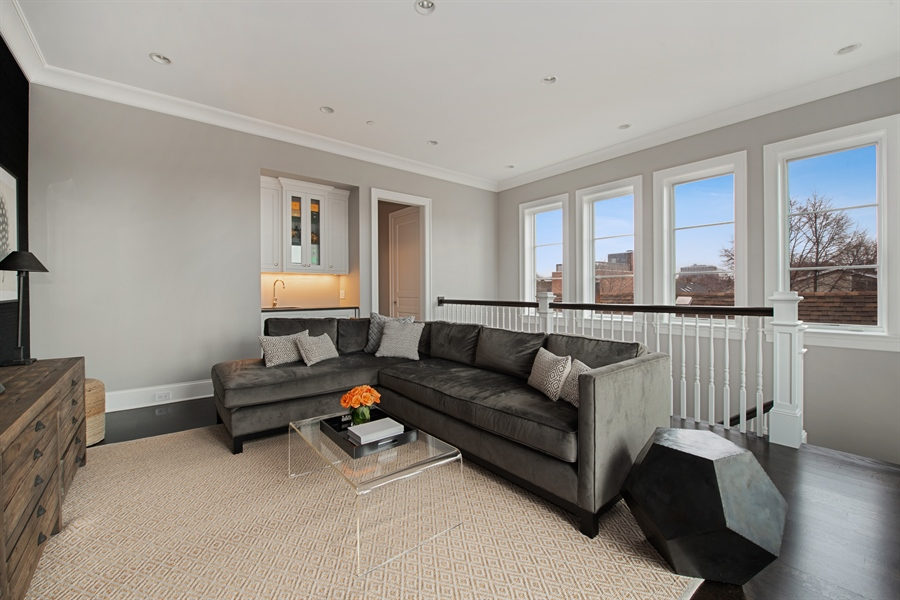 Real Estate Photography - 1838 N Hudson Ave, Chicago, IL, 60614 - Den