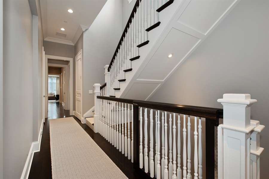 Real Estate Photography - 1838 N Hudson Ave, Chicago, IL, 60614 - Staircase