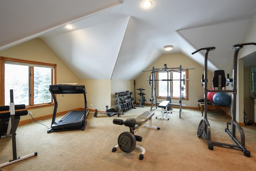 Real Estate Photography - 1 Cutters Run, South Barrington, IL, 60010 - Bonus Room