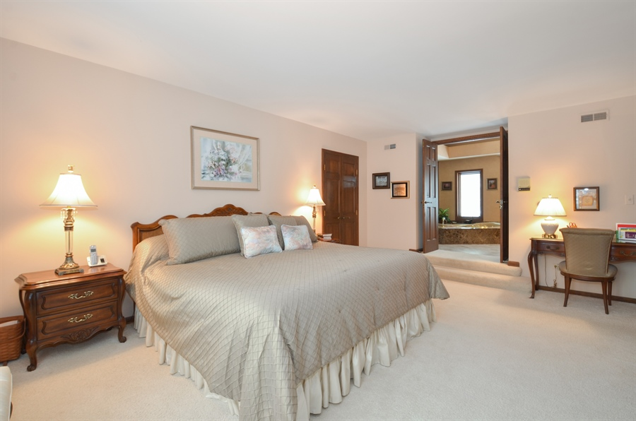 Real Estate Photography - 1 Orchard Ln, Golf, IL, 60029 - Master Bedroom