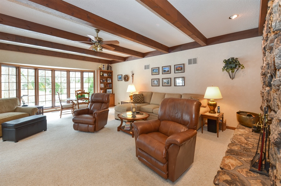 Real Estate Photography - 1 Orchard Ln, Golf, IL, 60029 - Family Room