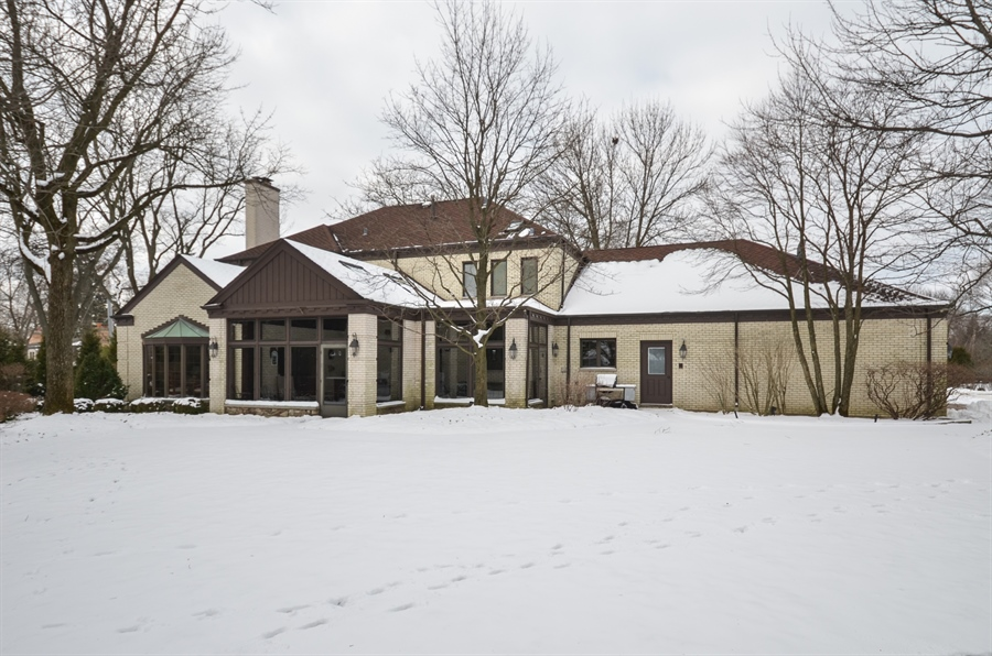 Real Estate Photography - 1 Orchard Ln, Golf, IL, 60029 - Rear View