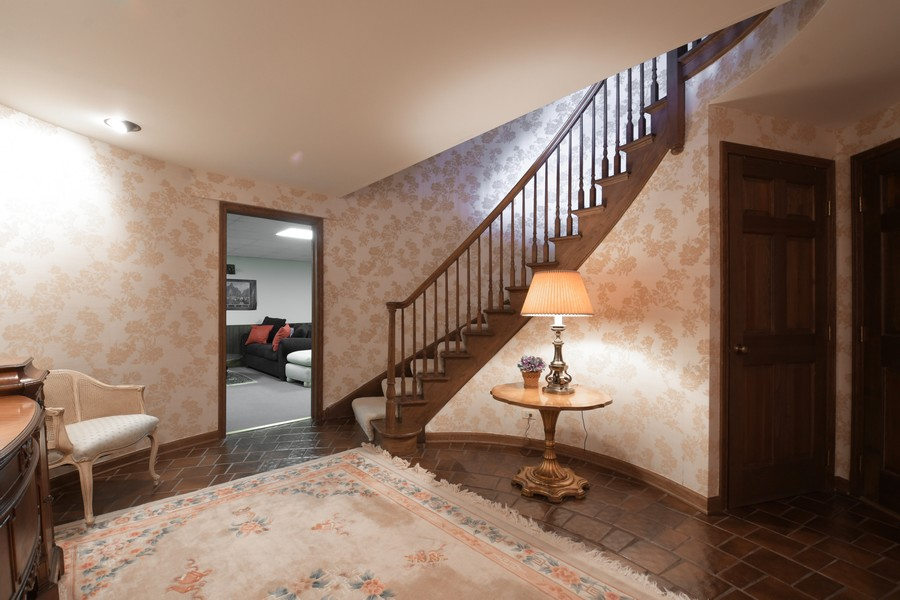 Real Estate Photography - 1 Orchard Ln, Golf, IL, 60029 -