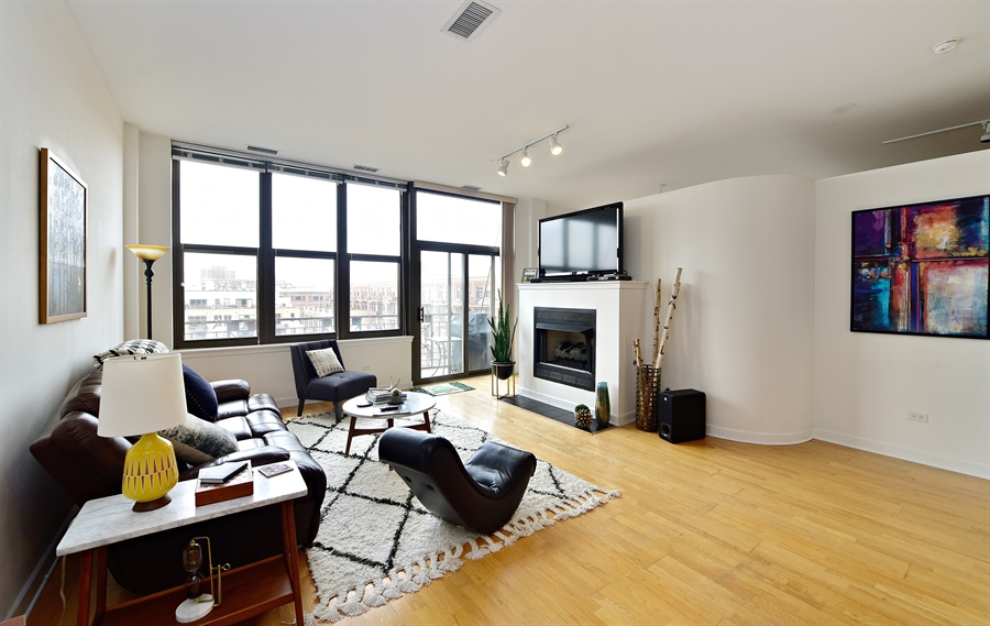 Real Estate Photography - 15 S. Throop, 602, Chicago, IL, 60607 - Living Room / Dining Room