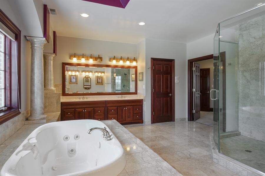 Real Estate Photography - 2 Beacon Hill Drive, South Barrington, IL, 60010 - Master Bathroom
