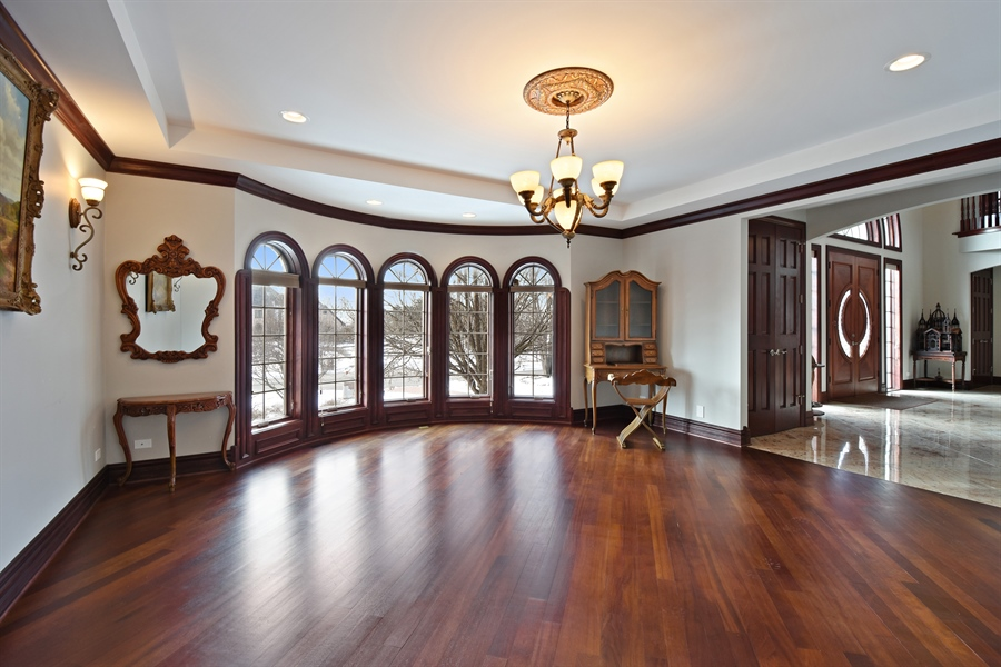 Real Estate Photography - 2 Beacon Hill Drive, South Barrington, IL, 60010 - Dining Room