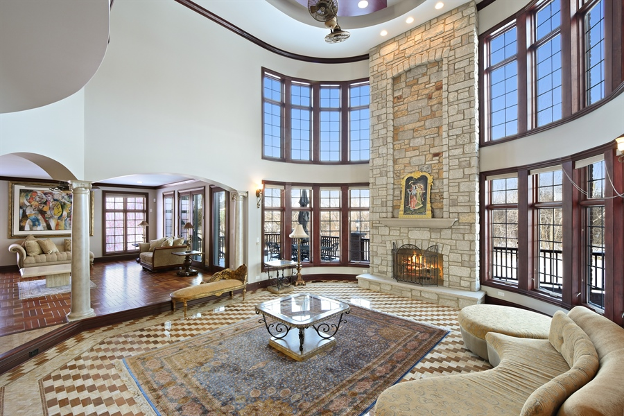 Real Estate Photography - 2 Beacon Hill Drive, South Barrington, IL, 60010 - Family Room