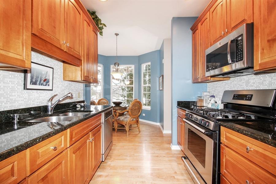 Real Estate Photography - 1201 Ashbrook, Darien, IL, 60561 - Kitchen