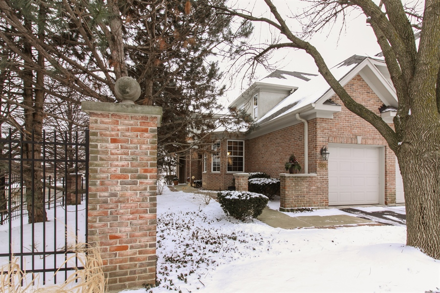 Real Estate Photography - 1201 Ashbrook, Darien, IL, 60561 - Front View