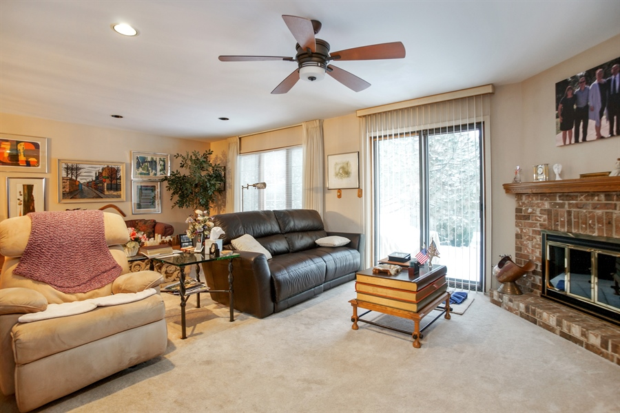 Real Estate Photography - 1632 N Windsor Dr., Arlington Heights, IL, 60004 - Kitchen / Living Room