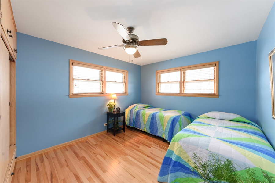 Real Estate Photography - 115 N Elmhurst Ave, Mt. Prospect, IL, 60056 - 2nd Bedroom