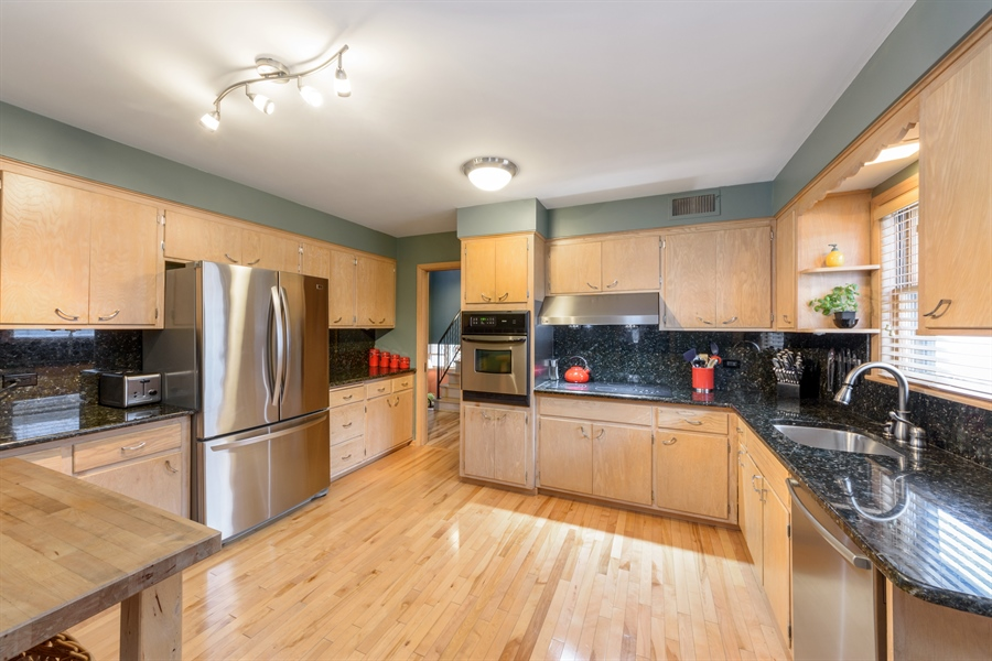Real Estate Photography - 115 N Elmhurst Ave, Mt. Prospect, IL, 60056 - Kitchen