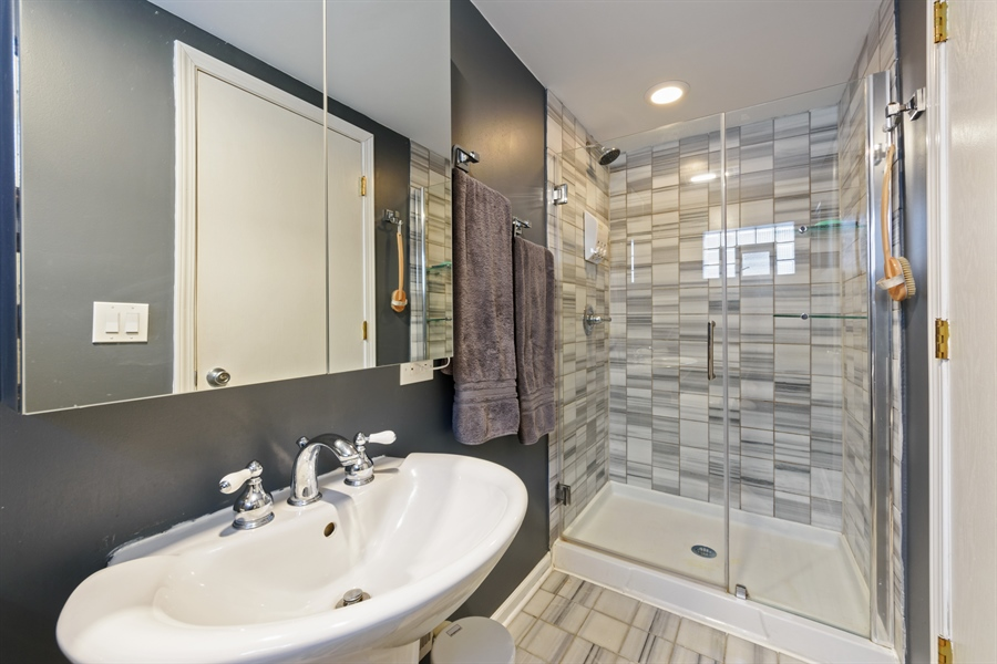 Real Estate Photography - 115 N Elmhurst Ave, Mt. Prospect, IL, 60056 - 2nd Bathroom