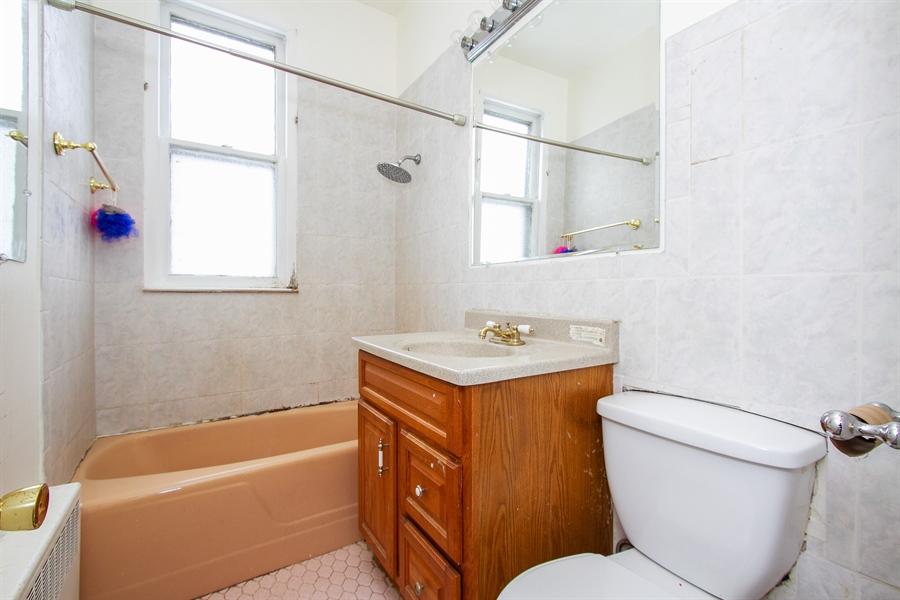 Real Estate Photography - 9831 S Genoa, Chicago, IL, 60643 - Bathroom
