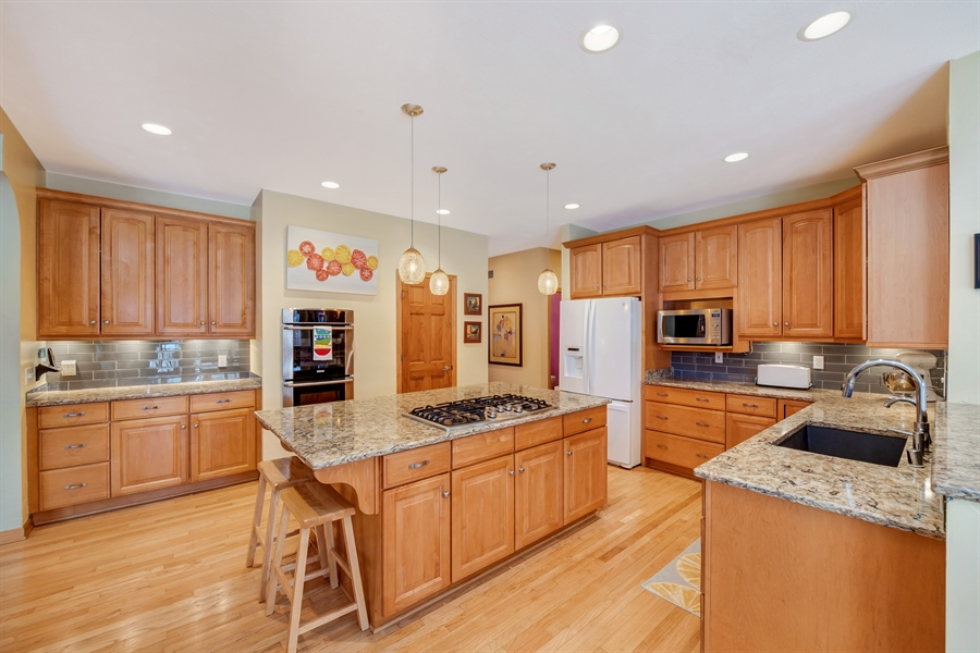 Real Estate Photography - 8044 W Poplar Drive, mequon, WI, 53097 - Kitchen