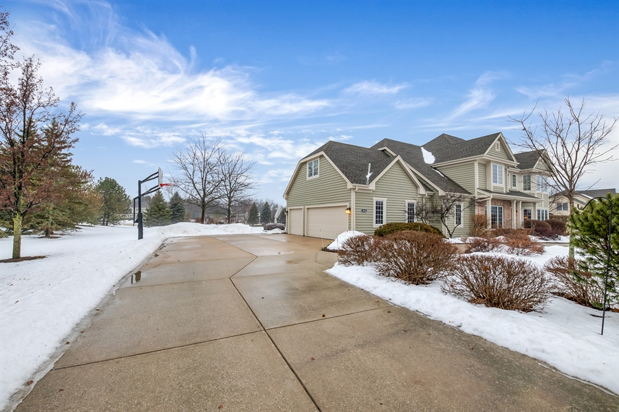 Real Estate Photography - 8044 W Poplar Drive, mequon, WI, 53097 - Side Yard
