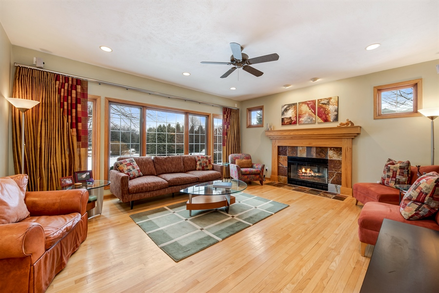 Real Estate Photography - 8044 W Poplar Drive, mequon, WI, 53097 - Family Room