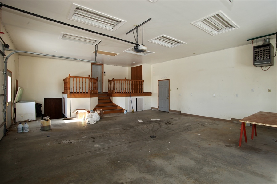 Real Estate Photography - 2162 County Road H, PO BOX 183, Kewaskum, WI, 53040 - Garage