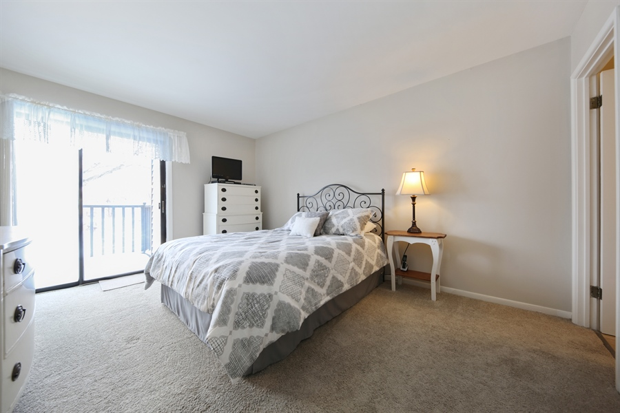Real Estate Photography - 7373 BLACKBURN, 202, DOWNERS GROVE, IL, 60516 - Master Bedroom