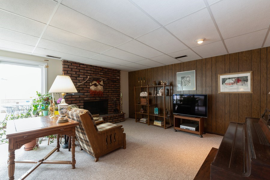 Real Estate Photography - 3323 Thornberry Drive, Glenview, IL, 60025 - Family Room 3