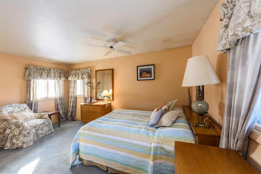 Real Estate Photography - 3323 Thornberry Drive, Glenview, IL, 60025 - Master Bedroom