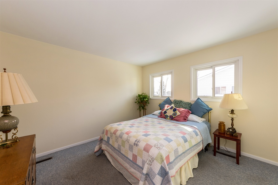 Real Estate Photography - 3323 Thornberry Drive, Glenview, IL, 60025 - 3rd Bedroom