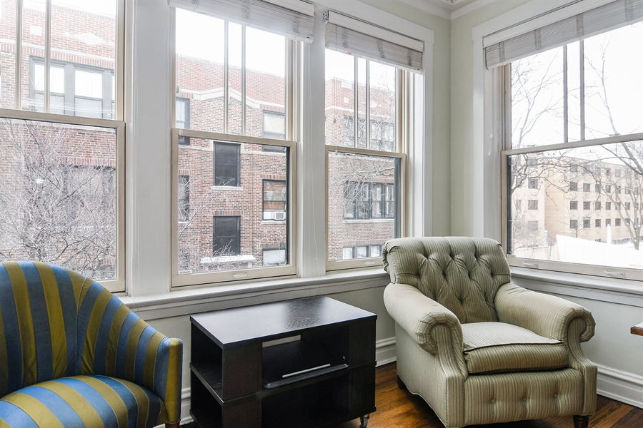 Real Estate Photography - 745 W Brompton, 2S, Chicago, IL, 60657 - Den