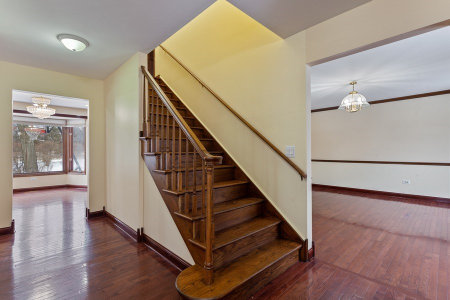 Real Estate Photography - 820 Red Stable Way, Oak Brook, IL, 60523 - Foyer
