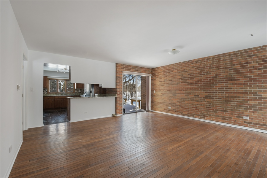 Real Estate Photography - 1663 E Course Dr, Riverwoods, IL, 60015 - Family Room