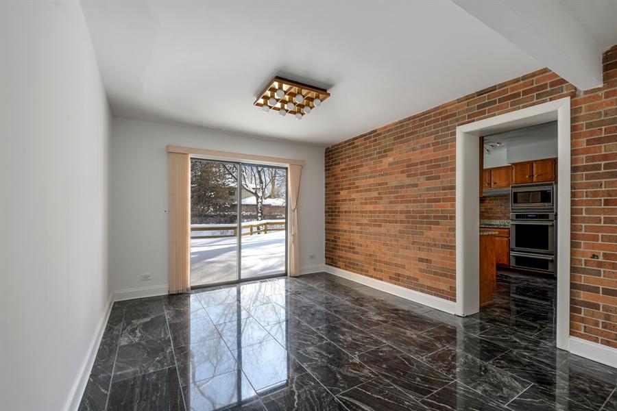 Real Estate Photography - 1663 E Course Dr, Riverwoods, IL, 60015 - Den