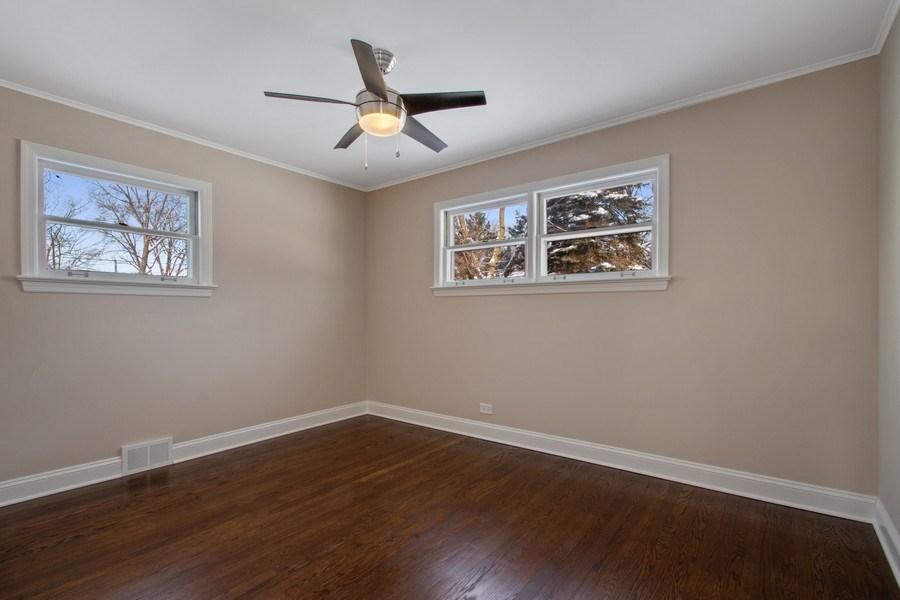 Real Estate Photography - 1346 London, Glenview, IL, 60025 - Additional Bedroom