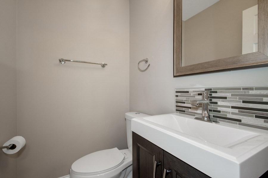 Real Estate Photography - 1346 London, Glenview, IL, 60025 - Half Bath