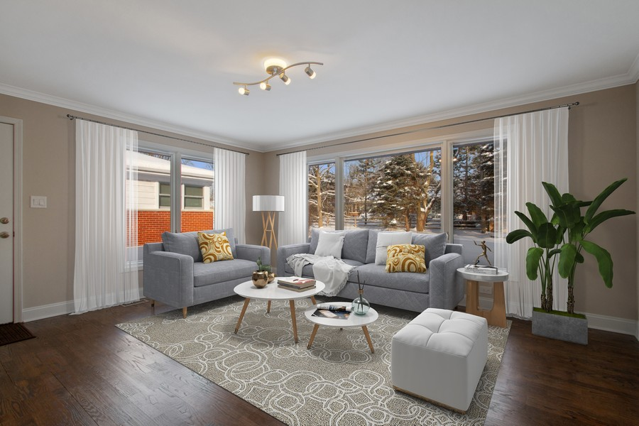 Real Estate Photography - 1346 London, Glenview, IL, 60025 - Family Room