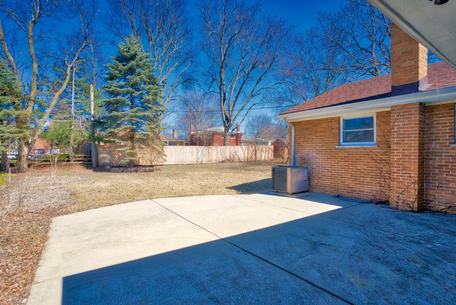 Real Estate Photography - 1346 London, Glenview, IL, 60025 -