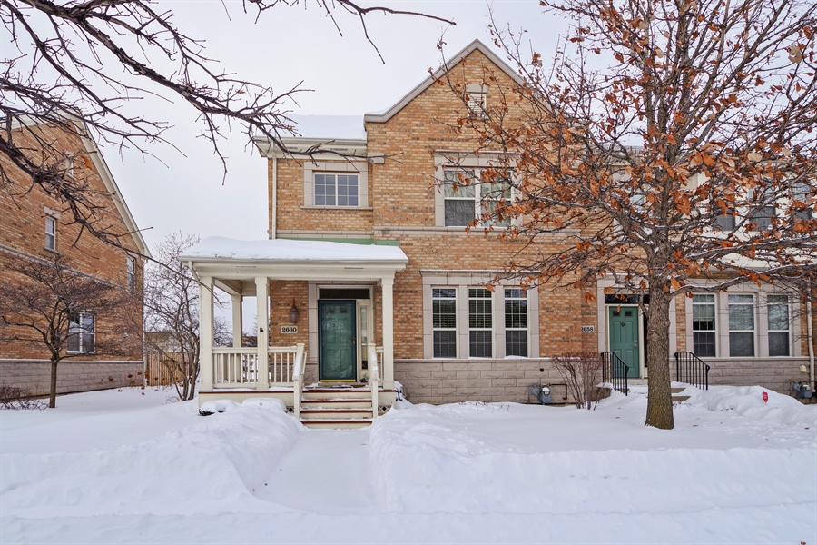 Real Estate Photography - 2660 Goldenrod Ln, Glenview, IL, 60025 - Front View