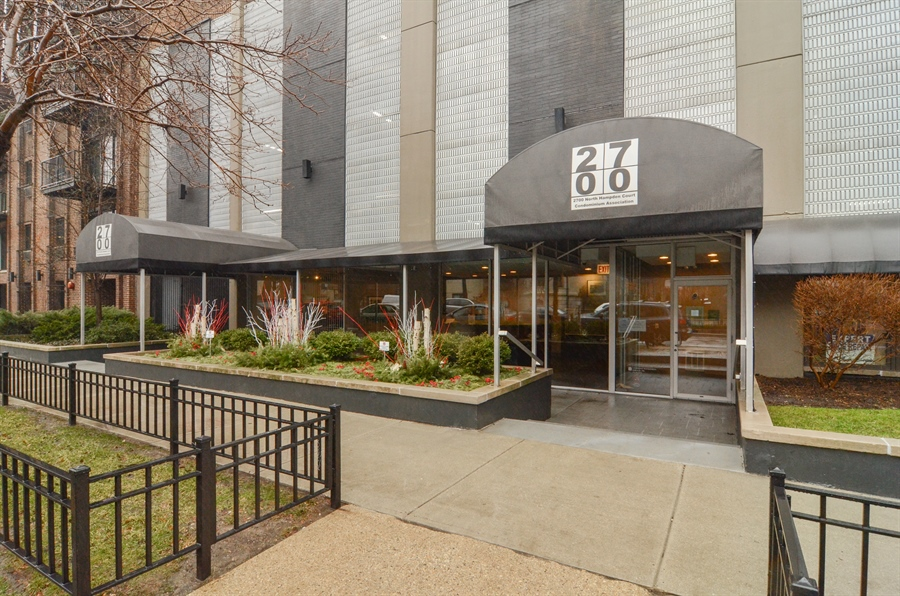 Real Estate Photography - 2700 N Hampden, Unit 15B, Chicago, IL, 60614 - Front View