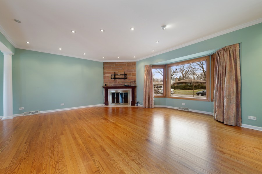 Real Estate Photography - 5316 Howard Ave, Western Springs, IL, 60558 - Family Room