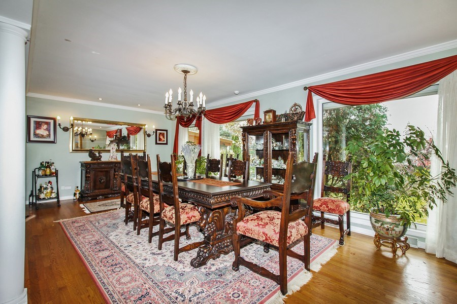 Real Estate Photography - 5316 Howard Ave, Western Springs, IL, 60558 - Dining Area