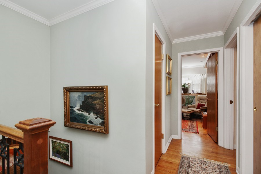 Real Estate Photography - 5316 Howard Ave, Western Springs, IL, 60558 - Hallway