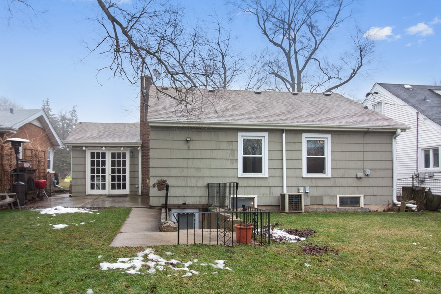 Real Estate Photography - 4052 Western, Western Springs, IL, 60558 - Rear View