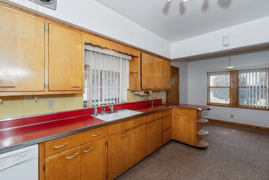 Real Estate Photography - 509 Miller Street, Beecher, IL, 60401 - Kitchen