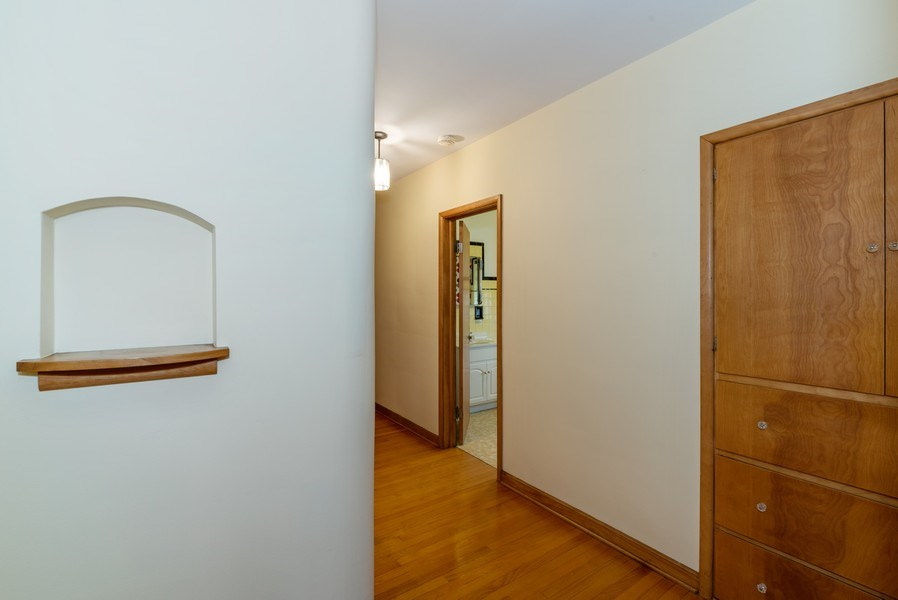 Real Estate Photography - 509 Miller Street, Beecher, IL, 60401 - Hallway