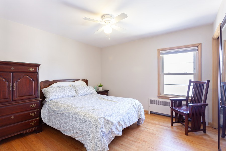 Real Estate Photography - 4205 Western Ave, Western Springs, IL, 60558 - 2nd Bedroom