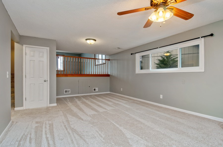 Real Estate Photography - 120 Naden Ct., Yorkville, IL, 60560 - Family Room