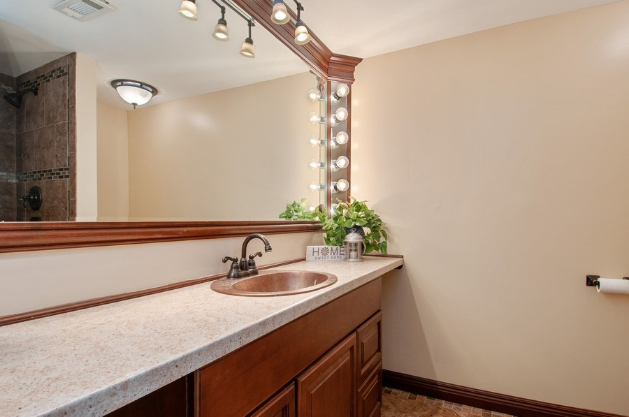 Real Estate Photography - 120 Naden Ct., Yorkville, IL, 60560 - 2nd Bathroom