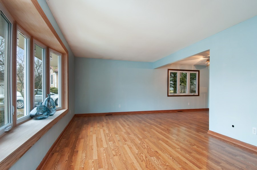 Real Estate Photography - 120 Naden Ct., Yorkville, IL, 60560 - Living Room/Dining Room