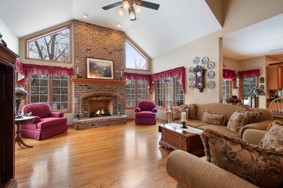 Real Estate Photography - 16220 Ridgewood, Homer Glen, IL, 60491 - Family Room