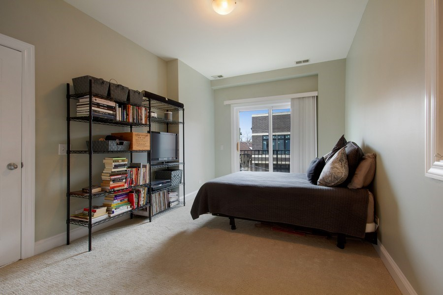 Real Estate Photography - 1510 N Wieland, unit 4, Chicago, IL, 60610 - Master Bedroom